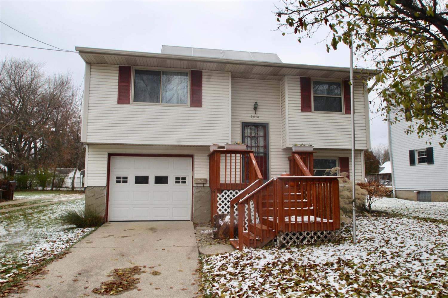 Property for sale at 2014 W Galbraith Road, North College Hill,  OH 45239