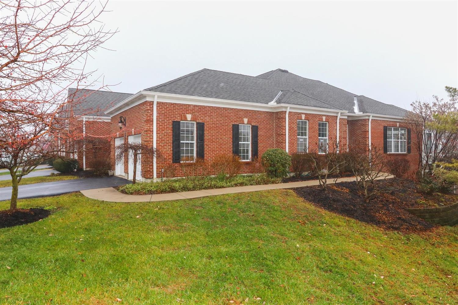 Property for sale at 8045 Paddington Lane, Sycamore Twp,  OH 45249