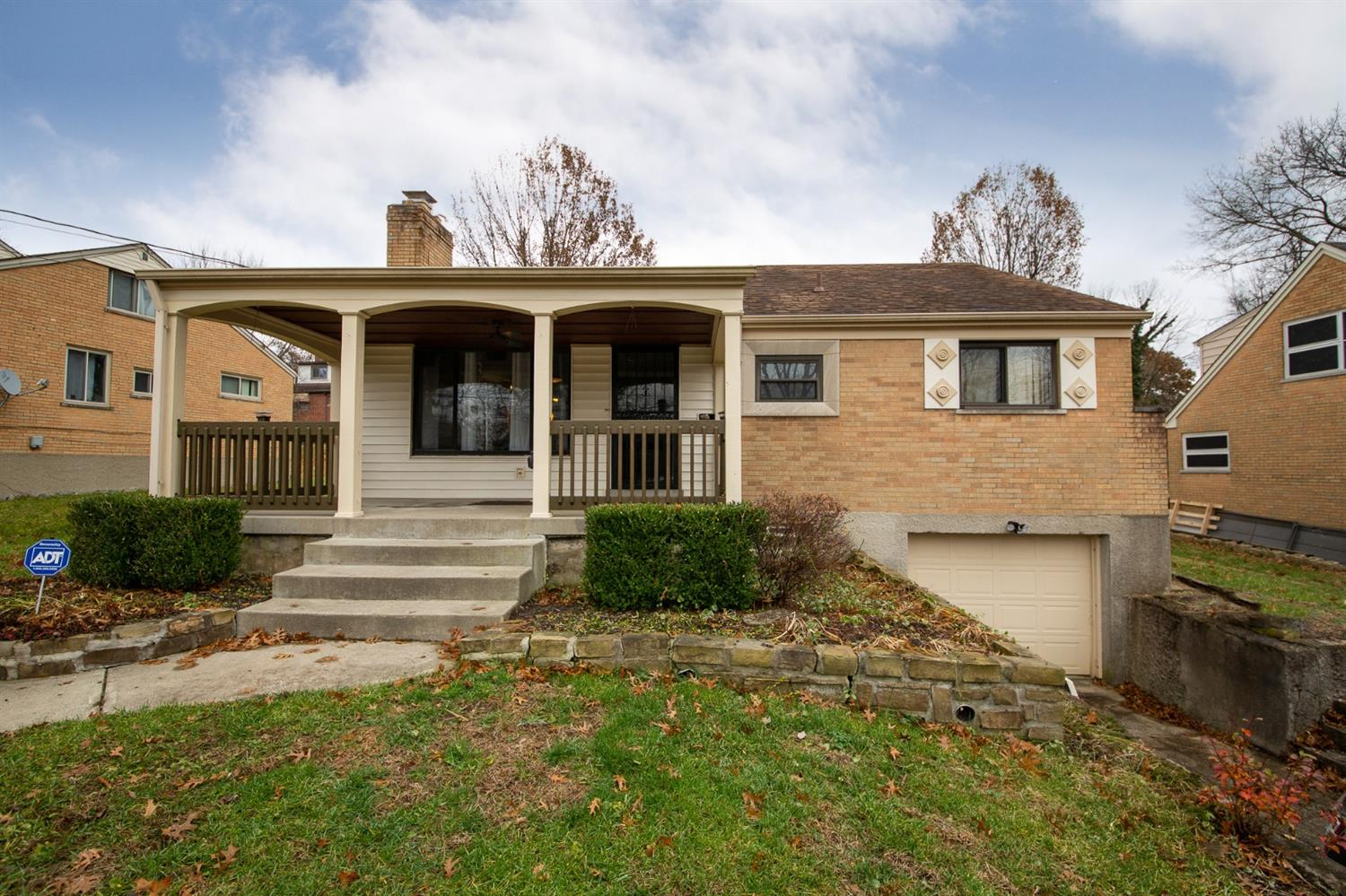Property for sale at 3509 Edgeview Drive, Cincinnati,  OH 45213