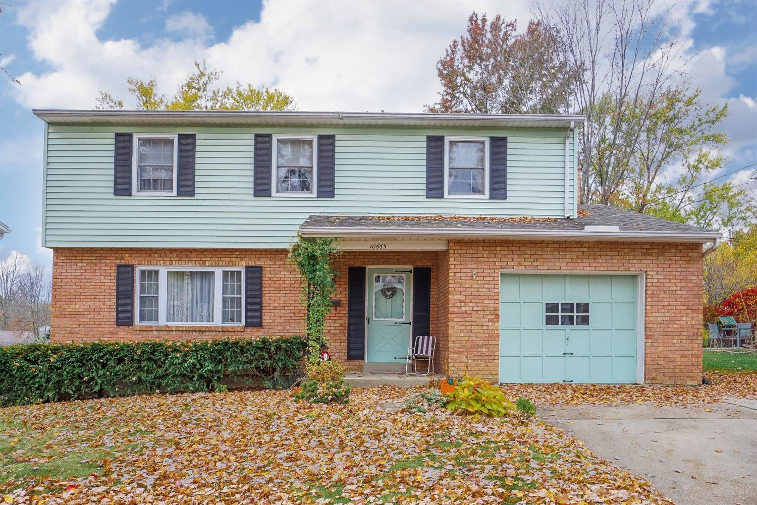 Property for sale at 10665 Bridlepath Lane, Sharonville,  OH 45241