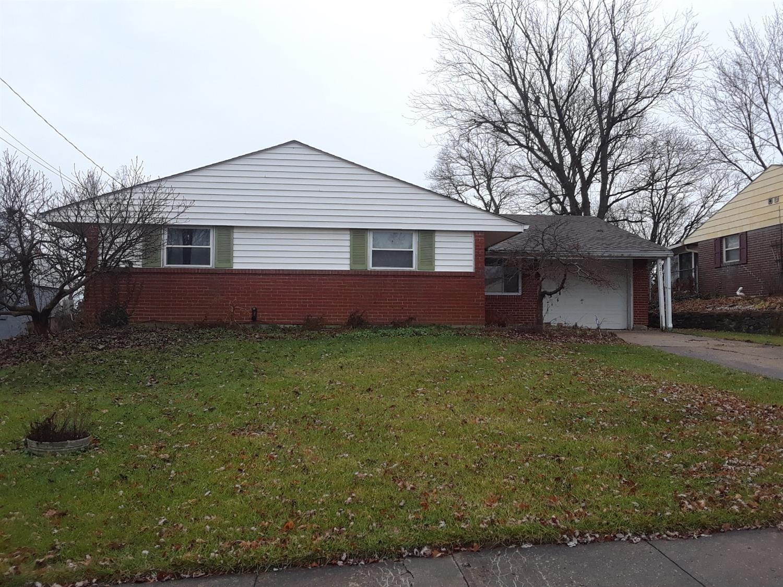 Property for sale at 921 Tivoli Lane, Springdale,  OH 45246
