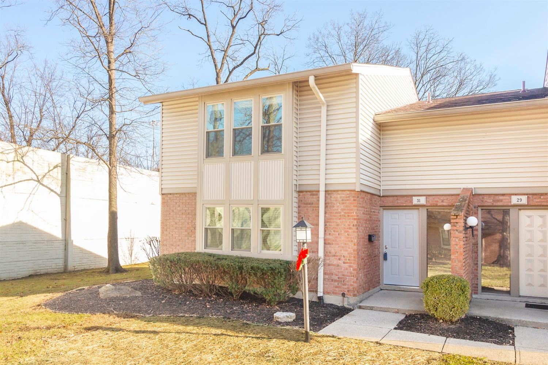 Property for sale at 31 Aspen Court, Springdale,  OH 45246
