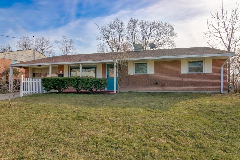 Property for sale at 921 Castro Lane, Springdale,  OH 45246