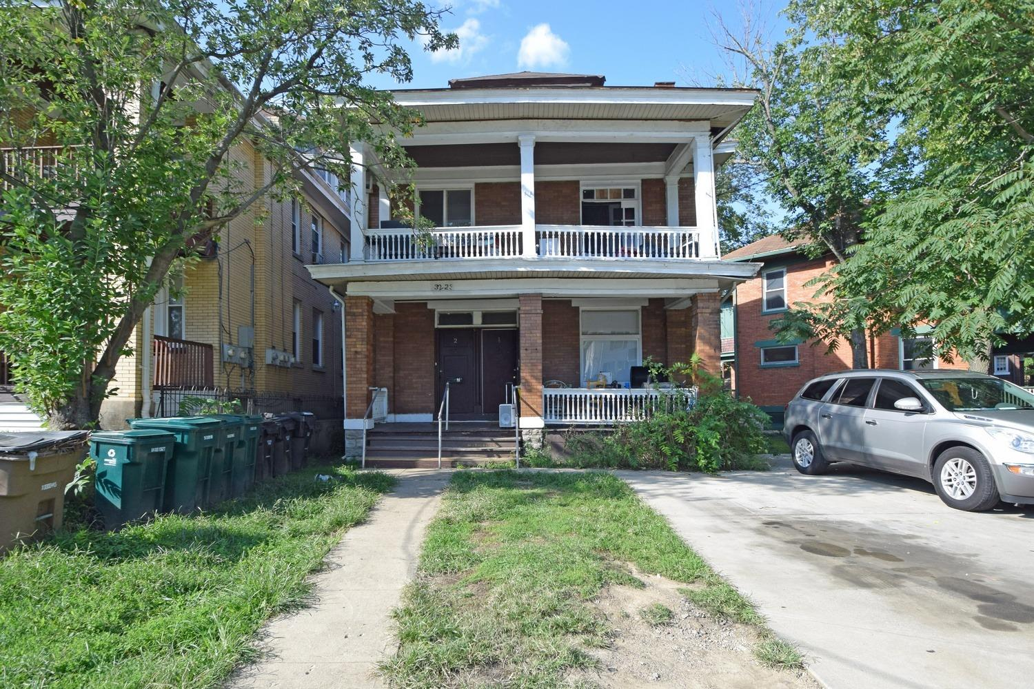 Property for sale at 3223 Gilbert Avenue, Cincinnati,  OH 45207
