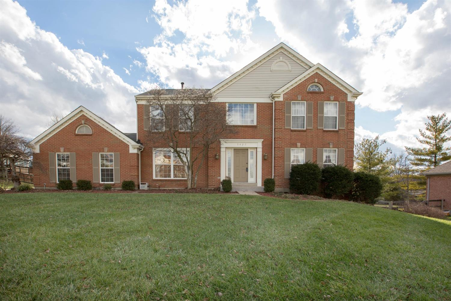 Property for sale at 5427 Senour Drive, West Chester,  Ohio 45069