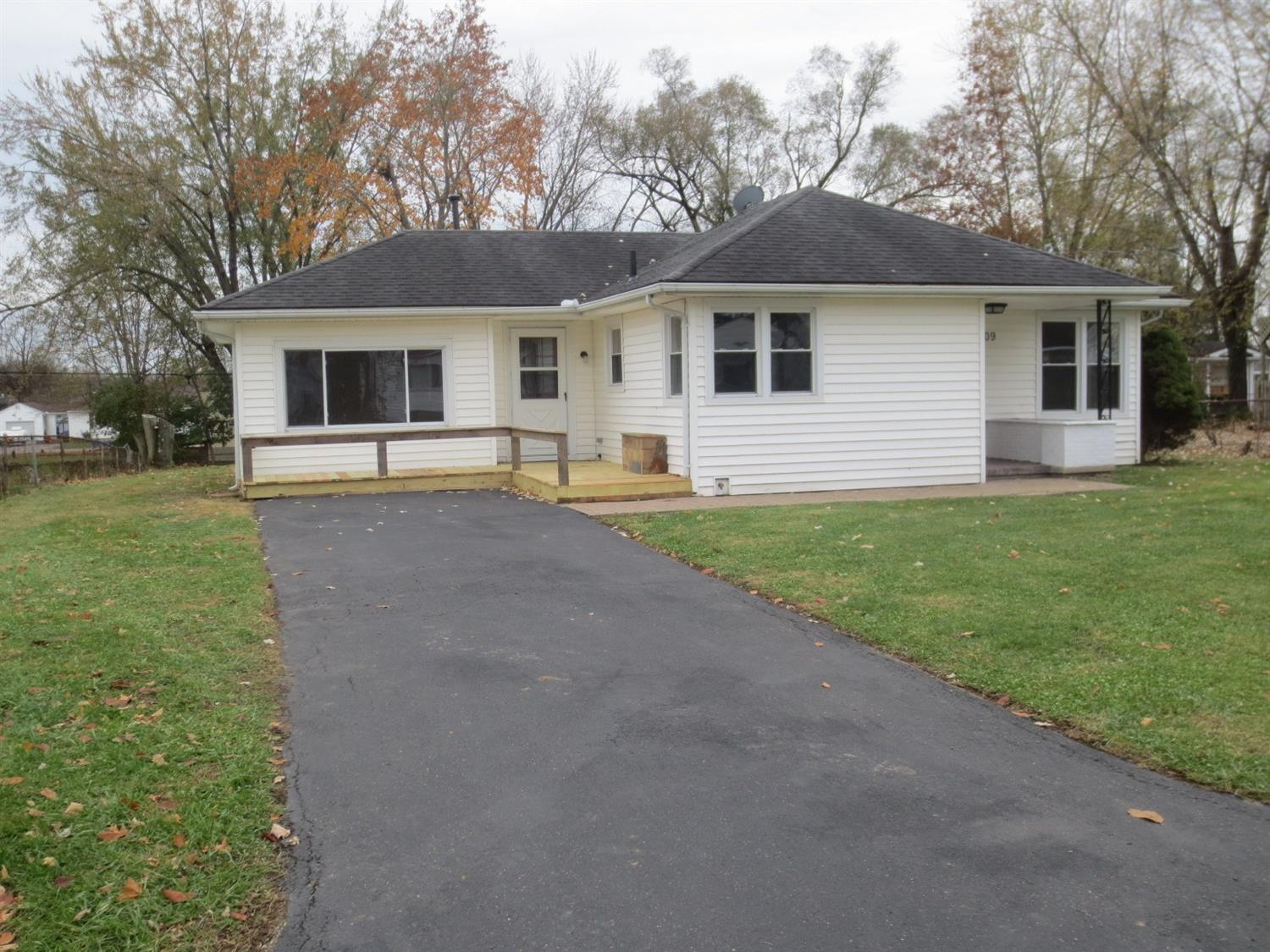 Property for sale at 109 Willard Avenue, Carlisle,  OH 45005
