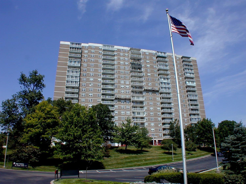 Property for sale at 2444 Madison Road Unit: 1109, Cincinnati,  Ohio 45208