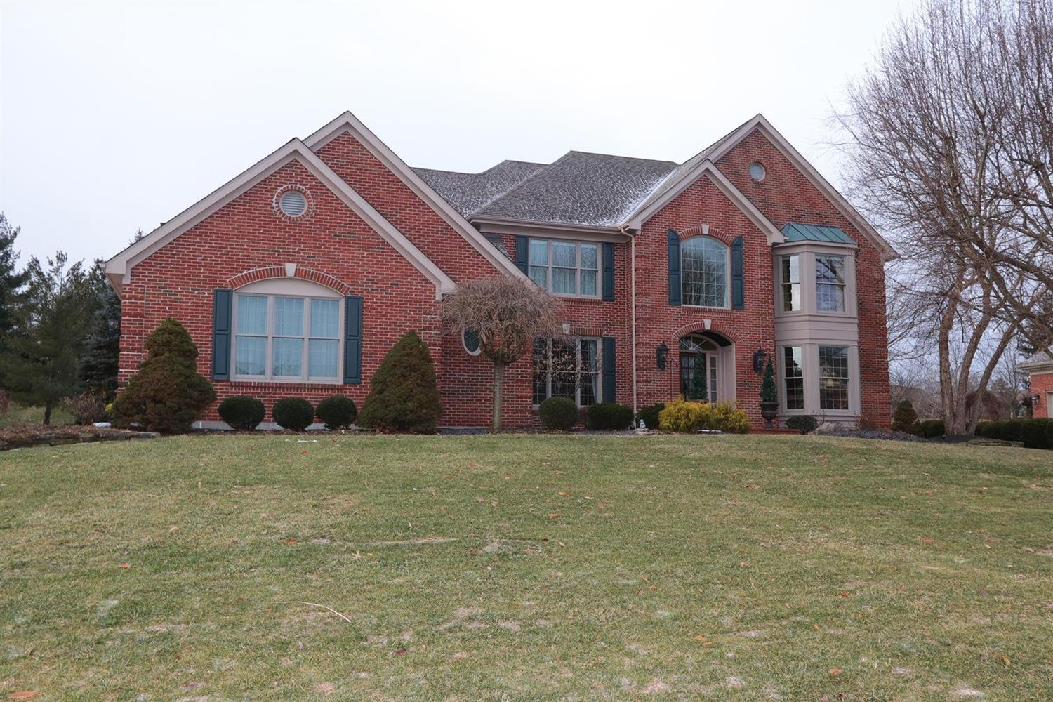 Property for sale at 8147 Startinggate Lane, Sycamore Twp,  Ohio 45249