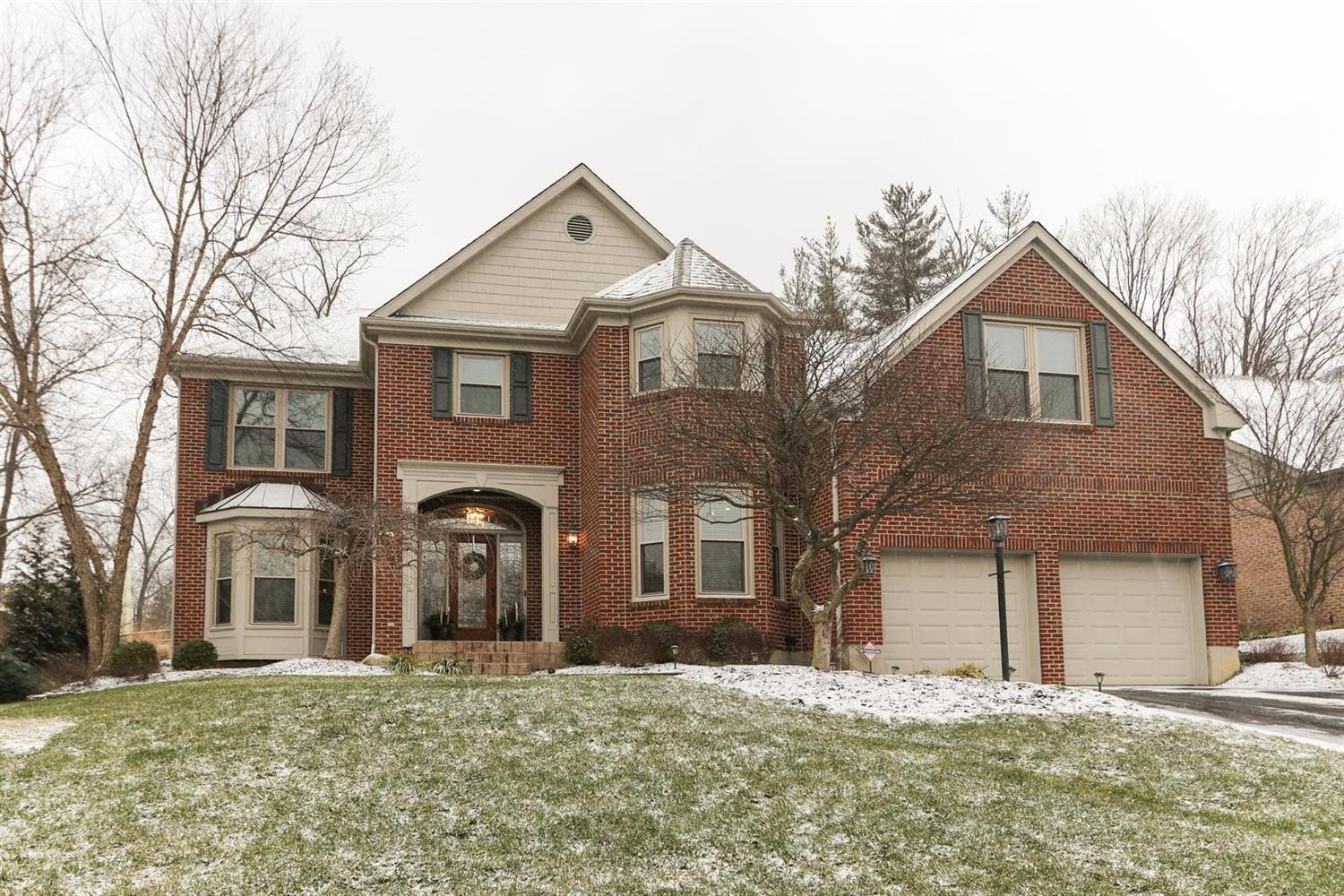 Property for sale at 6512 Foxchase Lane, Madeira,  Ohio 45243