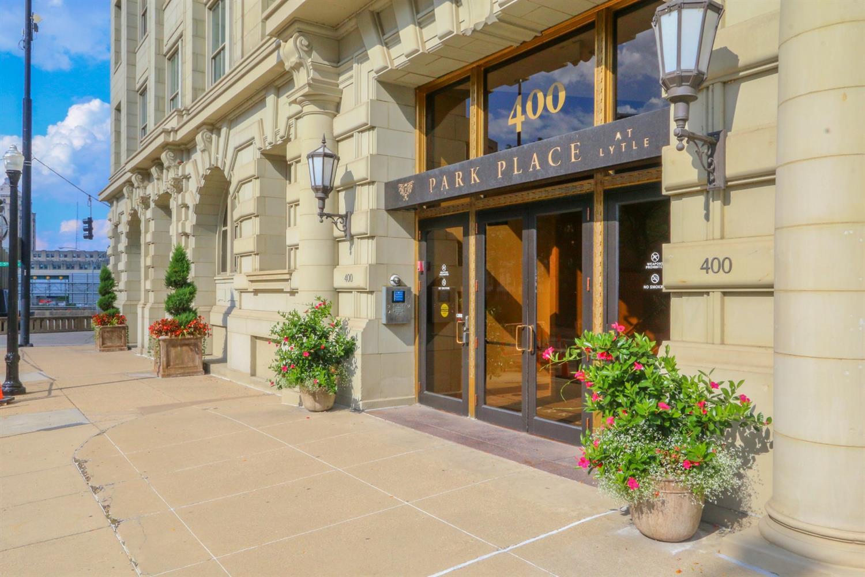 Property for sale at 400 Pike Street Unit: 815, Cincinnati,  Ohio 45202