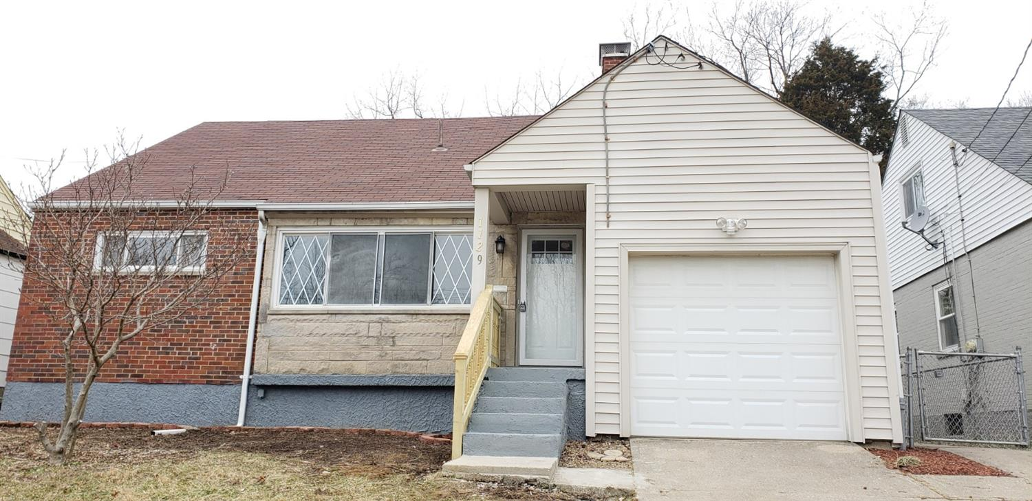 Property for sale at 1129 Madeleine Circle, Springfield Twp.,  OH 45231