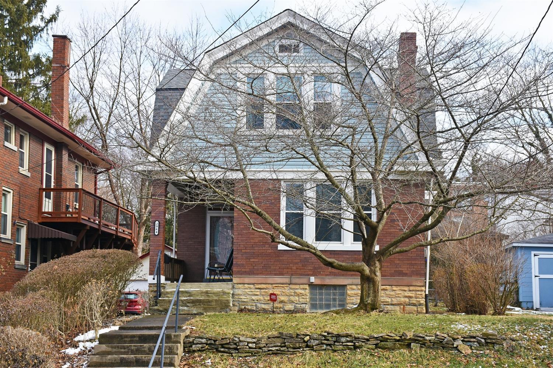 Property for sale at 2964 Deckebach Avenue, Cincinnati,  Ohio 45220