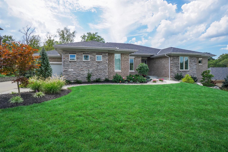 Property for sale at 7331 Ridgestone Drive, Madeira,  Ohio 45243