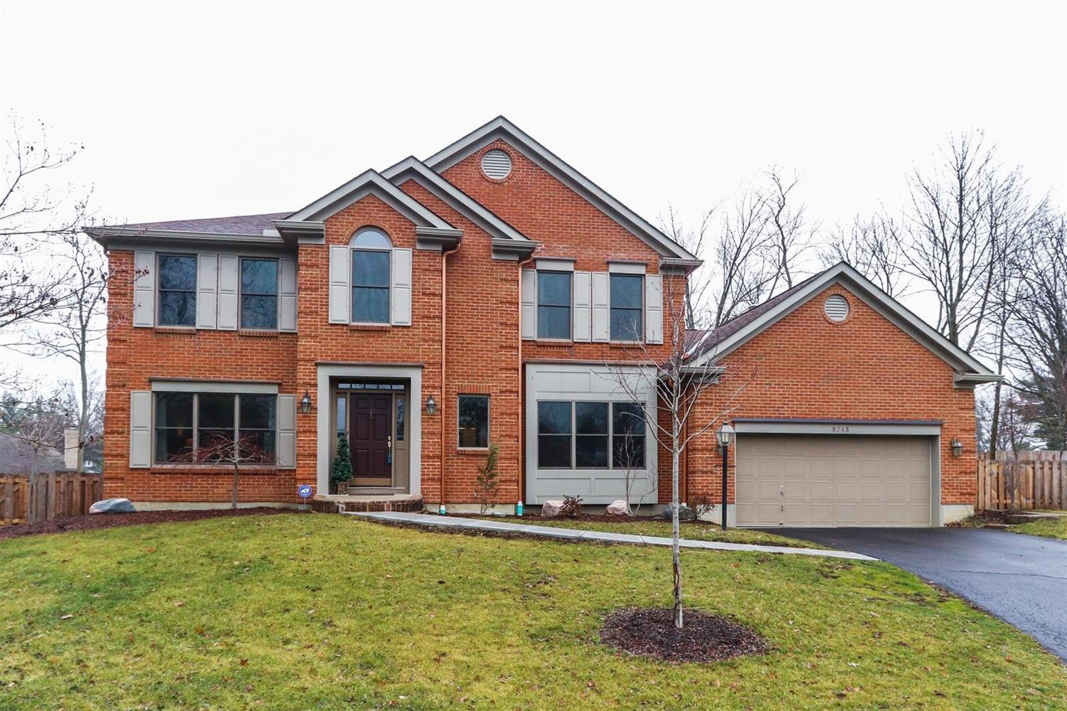 Property for sale at 9745 Tiffany Hill Court, Blue Ash,  OH 45241