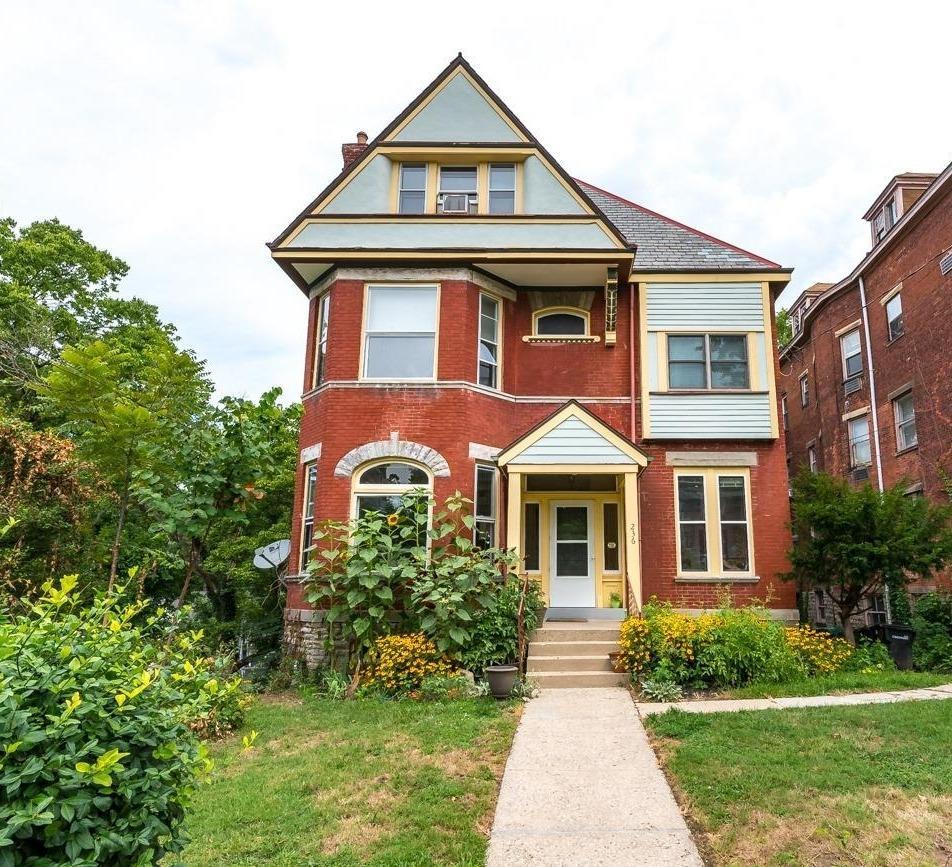 Property for sale at 236 Loraine Avenue, Cincinnati,  Ohio 45220