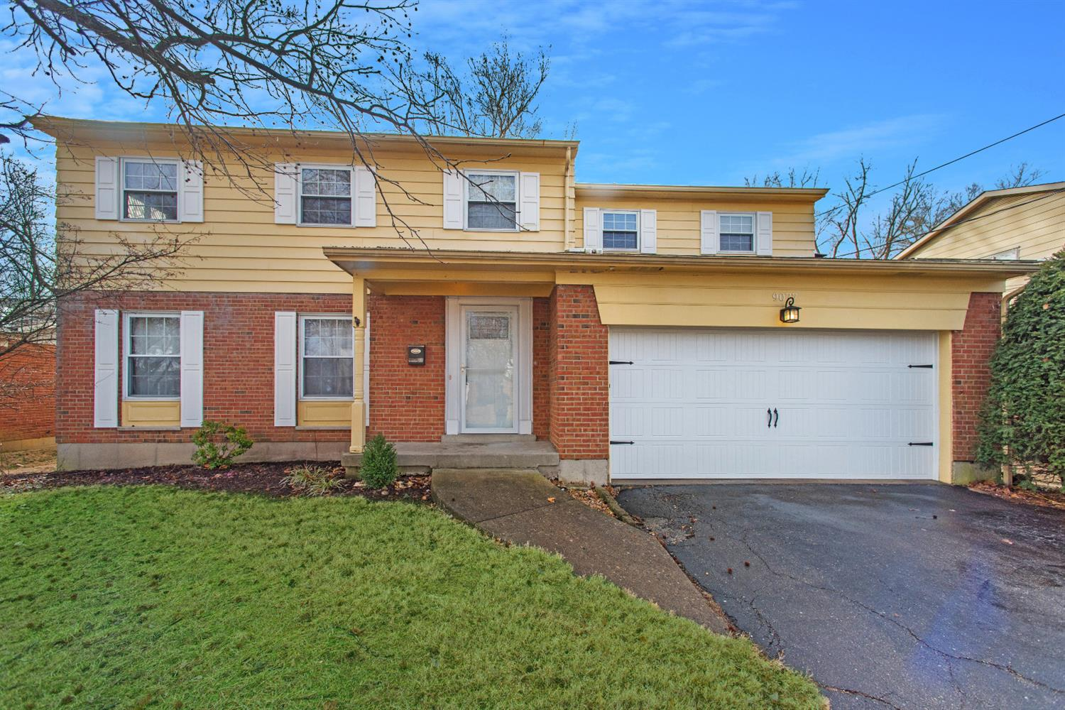 Property for sale at 9077 Fontainebleau Terrace, Springfield Twp.,  OH 45231