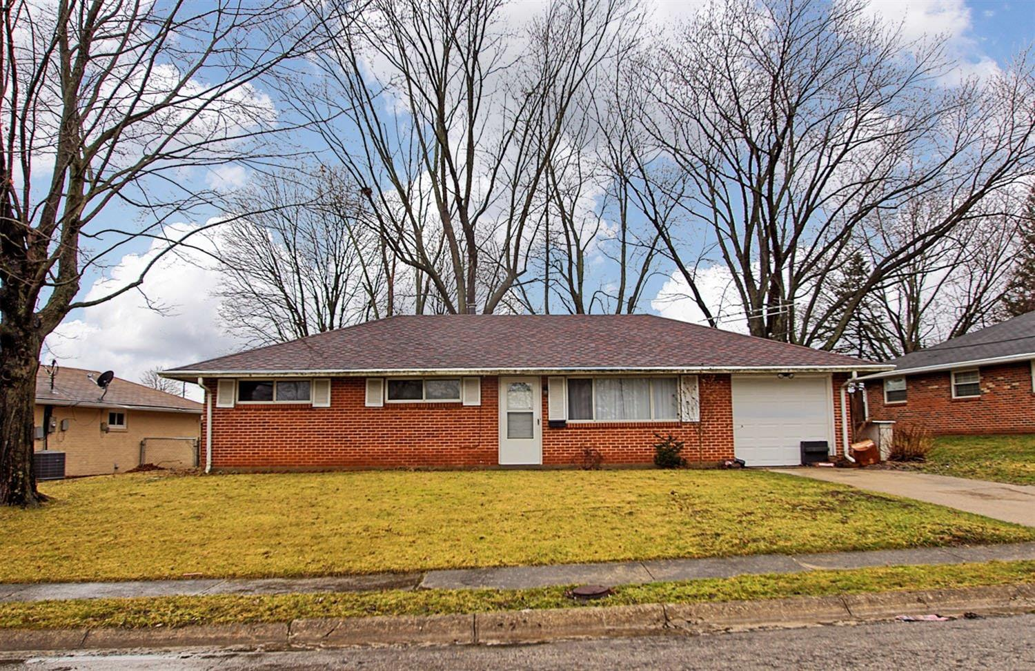 Property for sale at 913 Birchwood Drive, Lebanon,  OH 45036