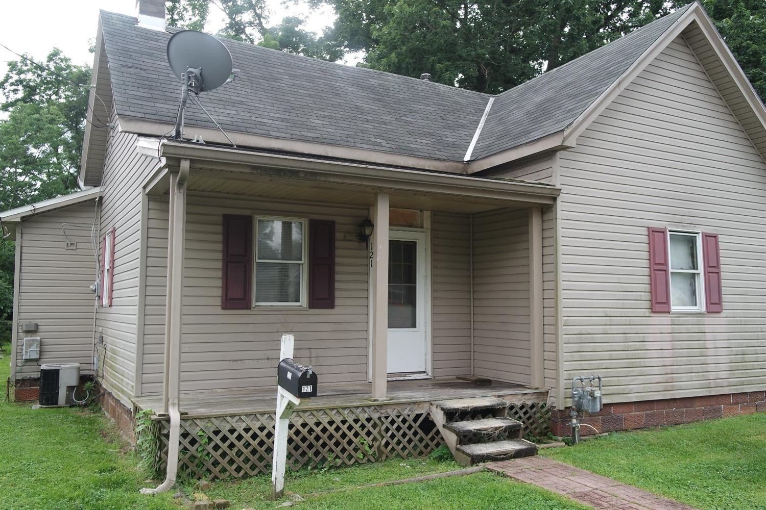 Property for sale at 121 Central Avenue, Blanchester,  Ohio 45107
