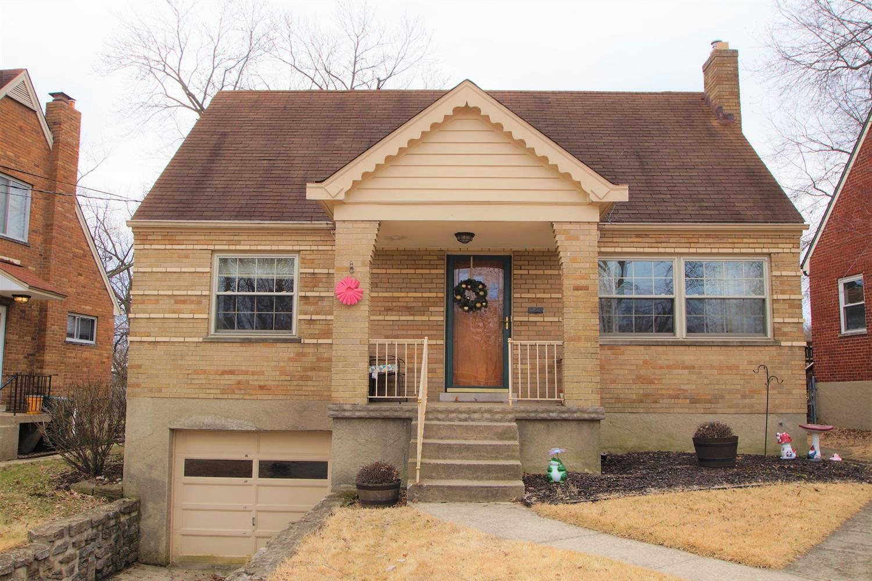Property for sale at 1706 Tuxworth Avenue, Cincinnati,  Ohio 45238