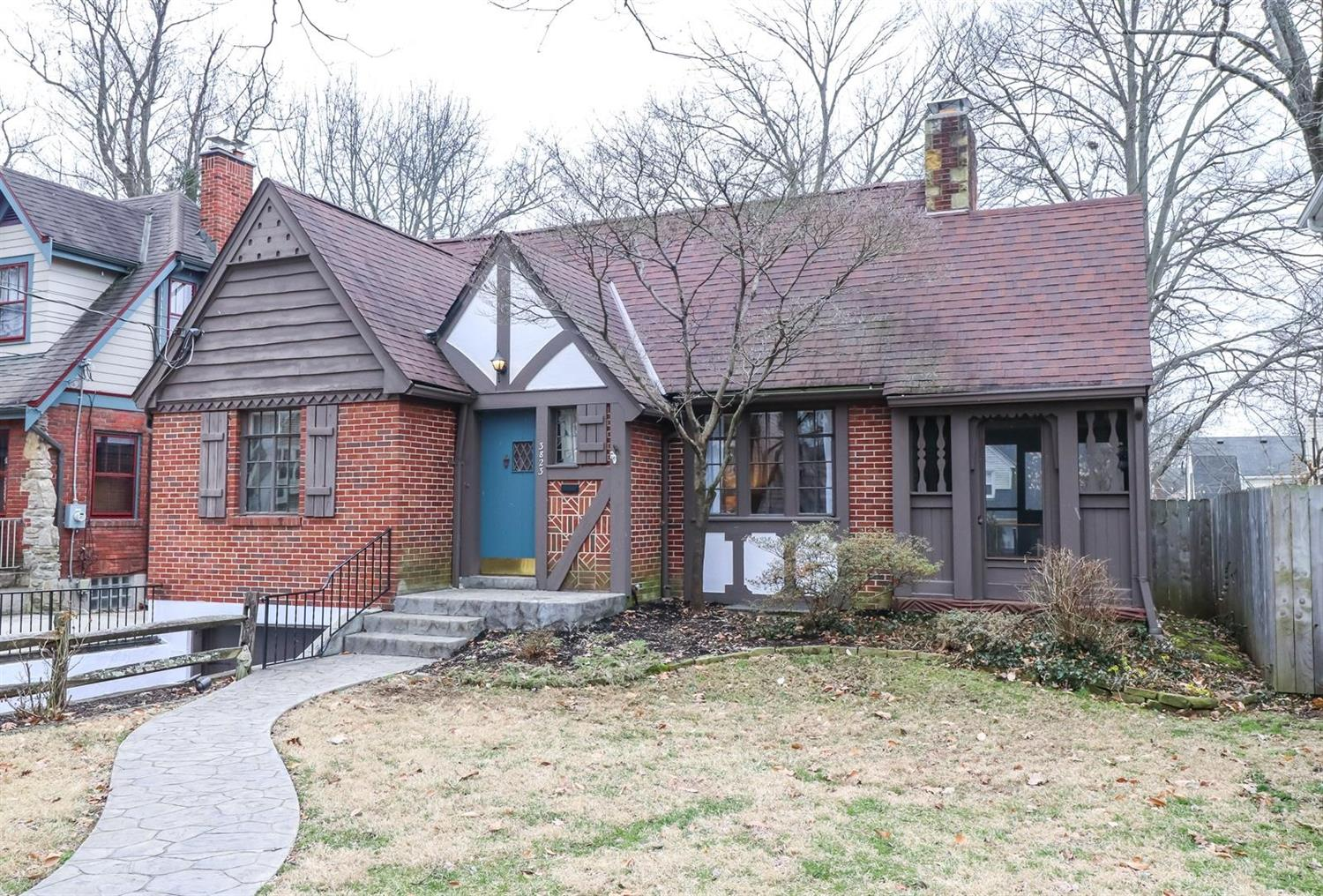 Property for sale at 3823 Homewood Road, Mariemont,  Ohio 45227