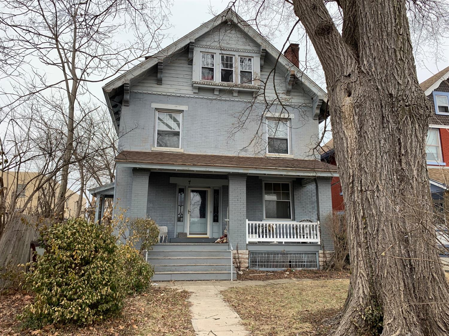 Property for sale at 2050 Weyer Avenue, Norwood,  OH 45212