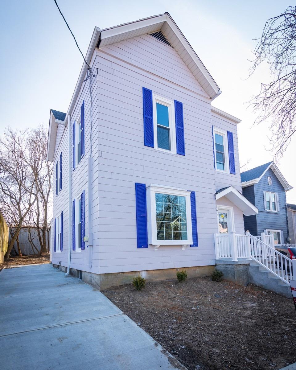 Property for sale at 5807 Peabody Avenue, Cincinnati,  Ohio 45227