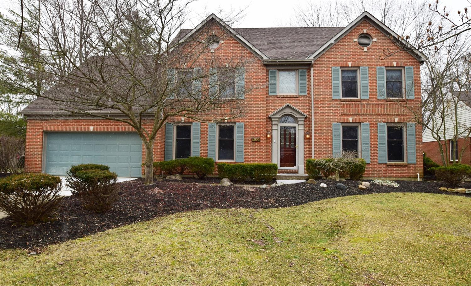 Property for sale at 12120 Village Woods Drive, Sharonville,  Ohio 45241