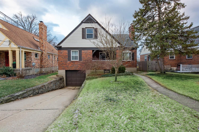 Property for sale at 3227 Ashwood Drive, Cincinnati,  Ohio 45213