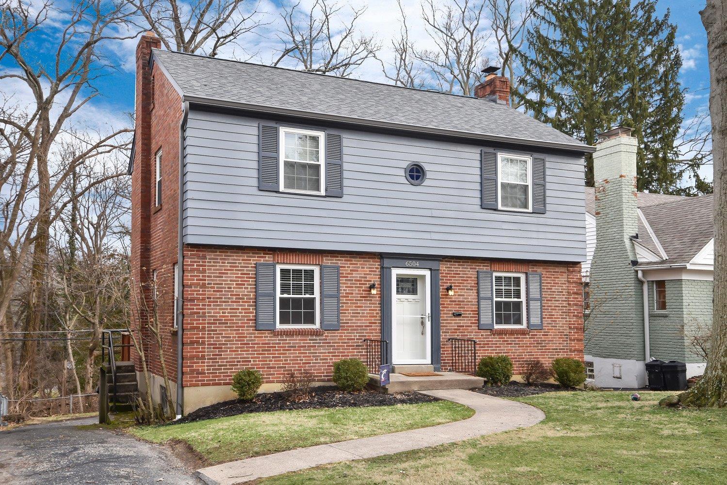 Property for sale at 6504 Crestridge Circle, Columbia Twp,  Ohio 45213