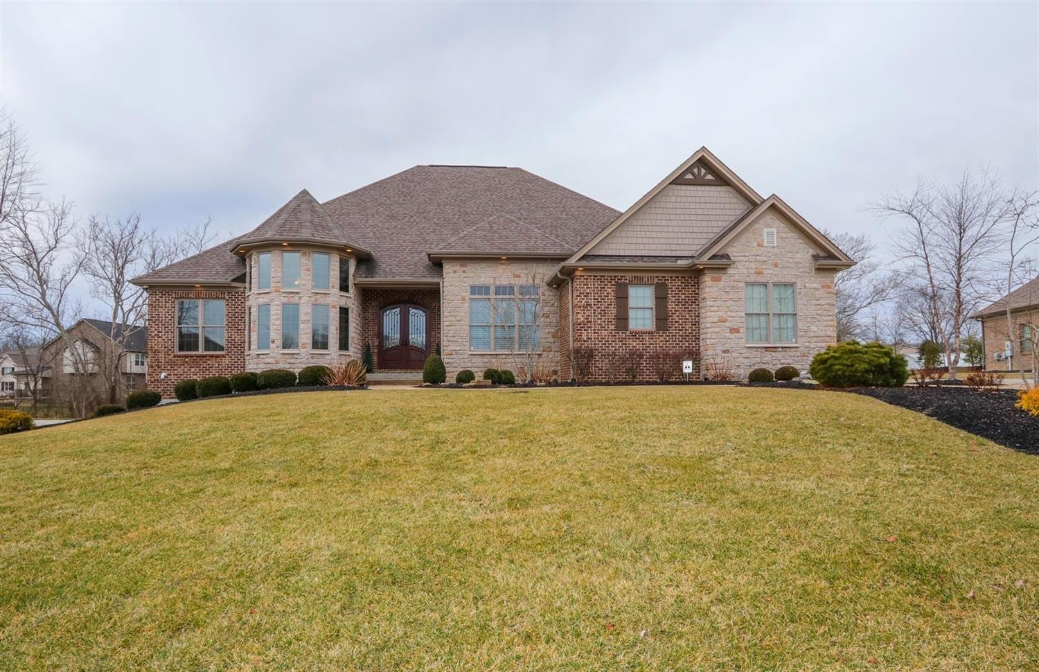 Property for sale at 6019 Winding Creek Boulevard, Liberty Twp,  Ohio 45011