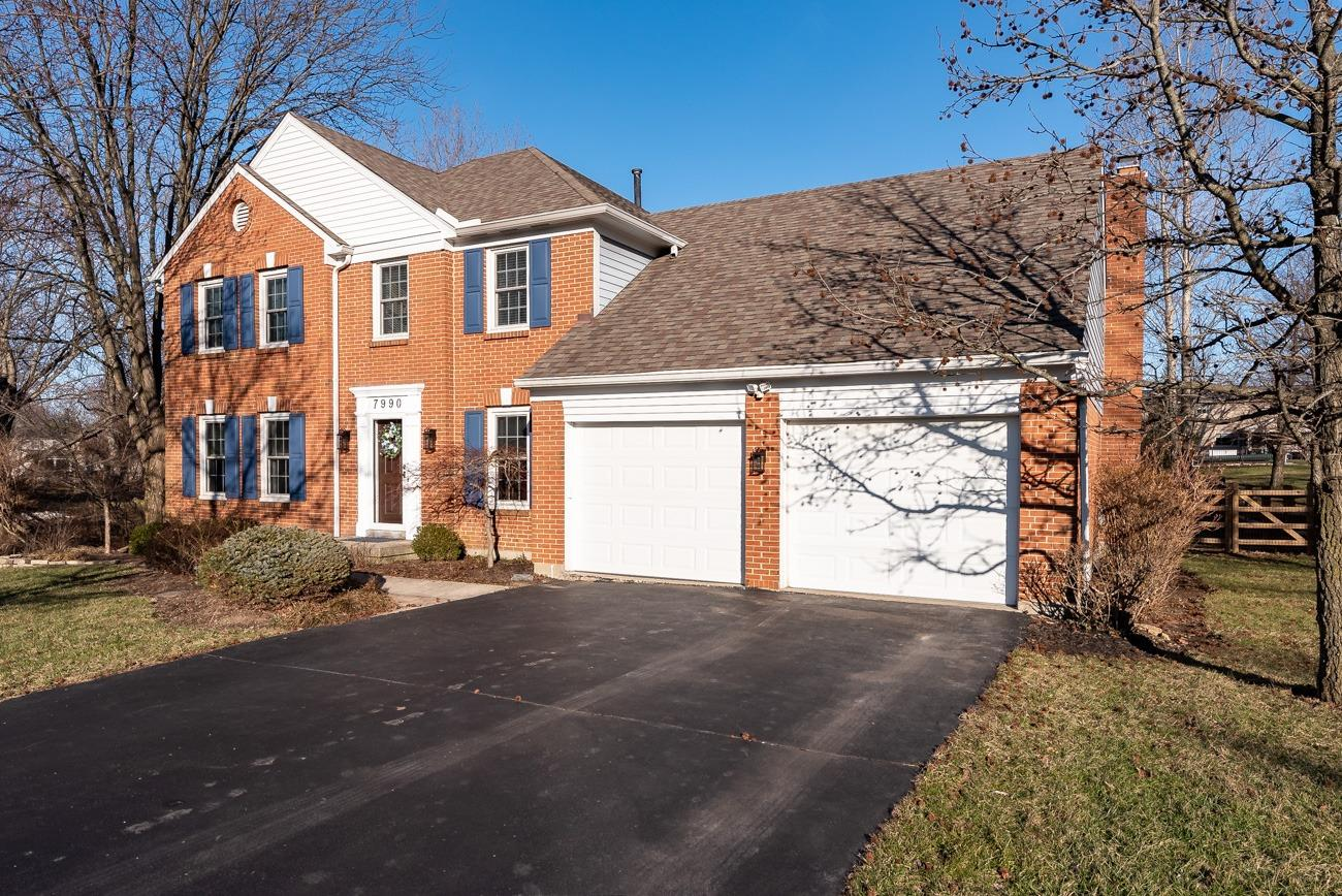 Property for sale at 7990 Hunters Ridge Drive, West Chester,  Ohio 45069