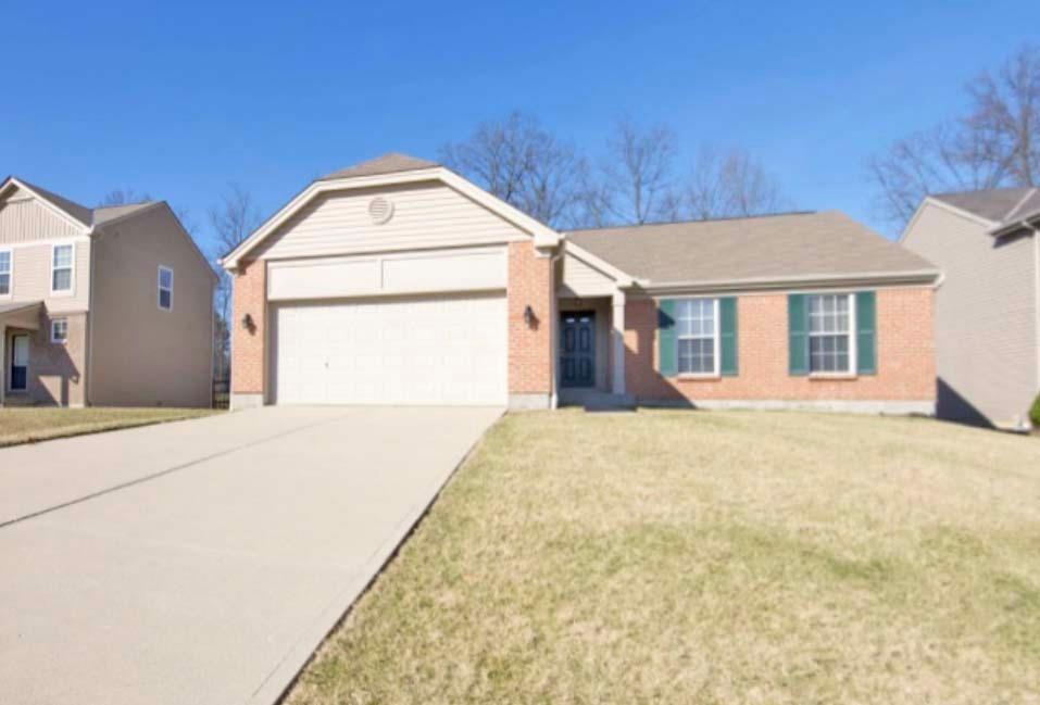 Property for sale at 19 Woodside Park Drive, Amelia,  Ohio 45102