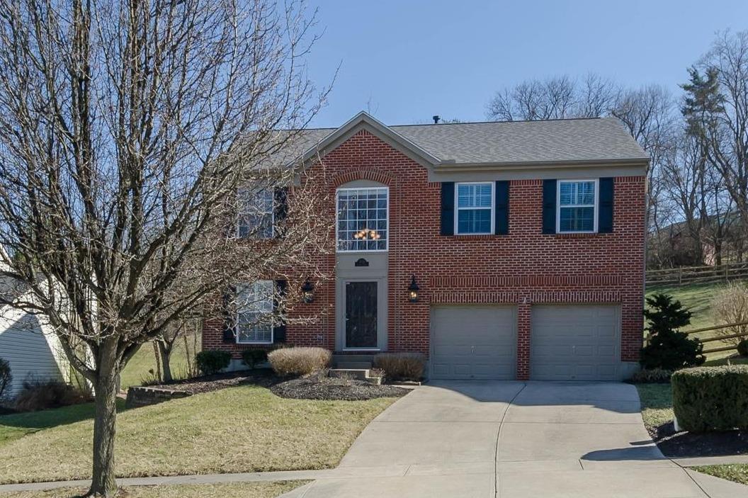 Property for sale at 2384 Kenlee Drive, Cincinnati,  Ohio 45230