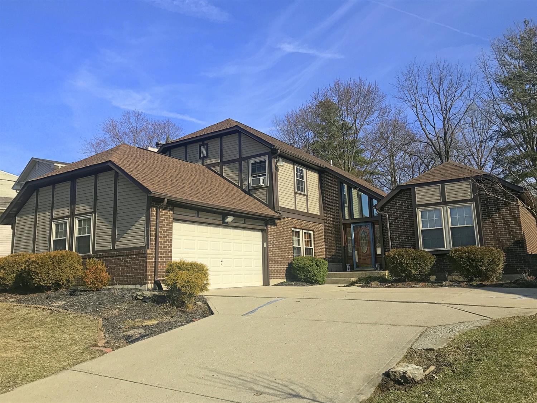 Property for sale at 6 Pinehurst Court, Fairfield,  Ohio 45014