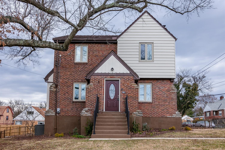 Property for sale at 2922 Mapleleaf Avenue, Cincinnati,  Ohio 45212