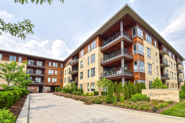 Property for sale at 2770 Observatory Avenue Unit: 406, Cincinnati,  Ohio 45208