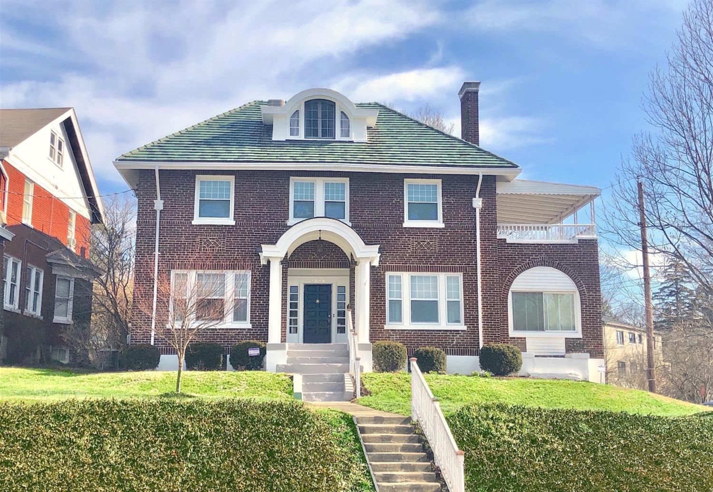 Property for sale at 2896 Linwood Avenue, Cincinnati,  Ohio 45208