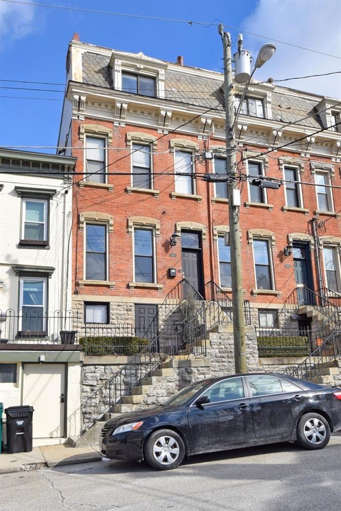 Property for sale at 322 Milton Street Unit: 1, Cincinnati,  Ohio 45202