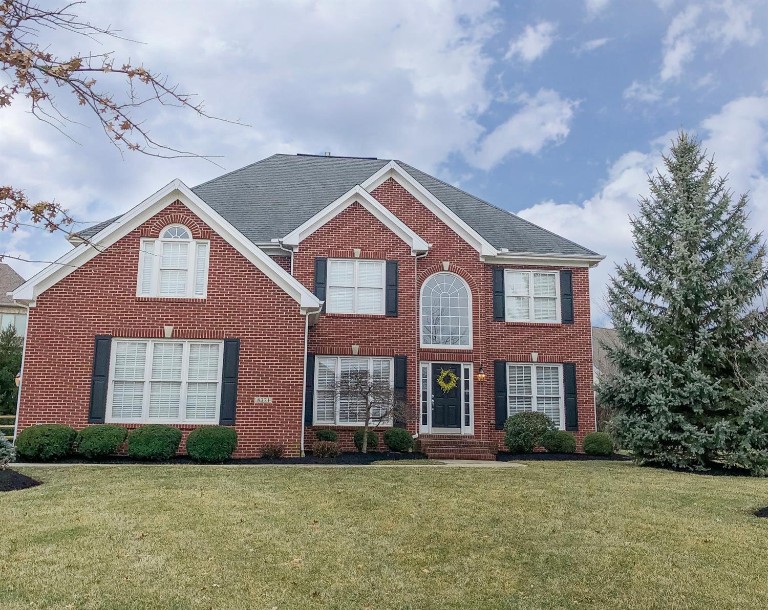 Property for sale at 8371 Oakdale Court, Deerfield Twp.,  Ohio 45040