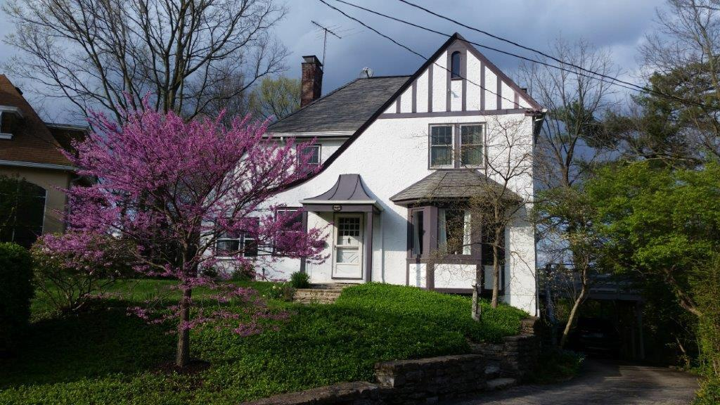 Property for sale at 1308 Paddock Hills Avenue, Cincinnati,  Ohio 45229