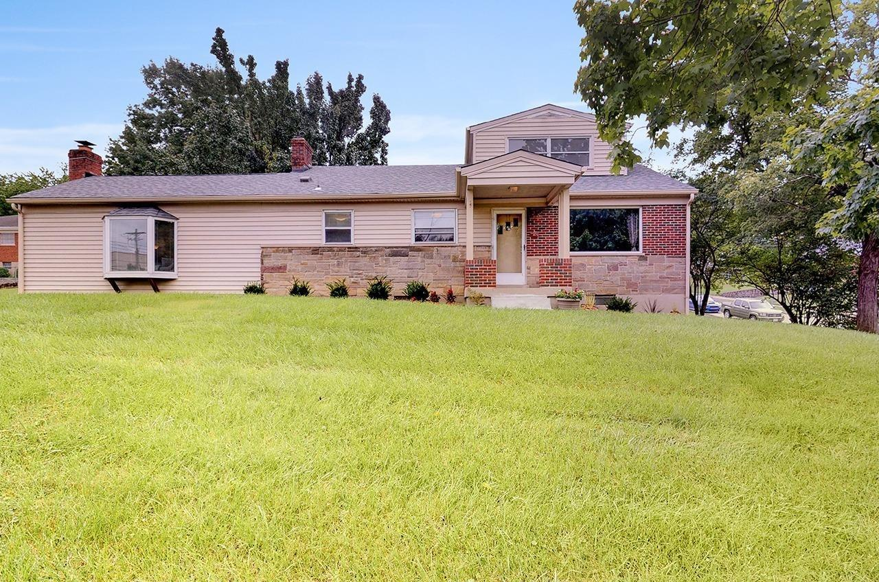 Property for sale at 812 Lory Lane, Reading,  Ohio 45215