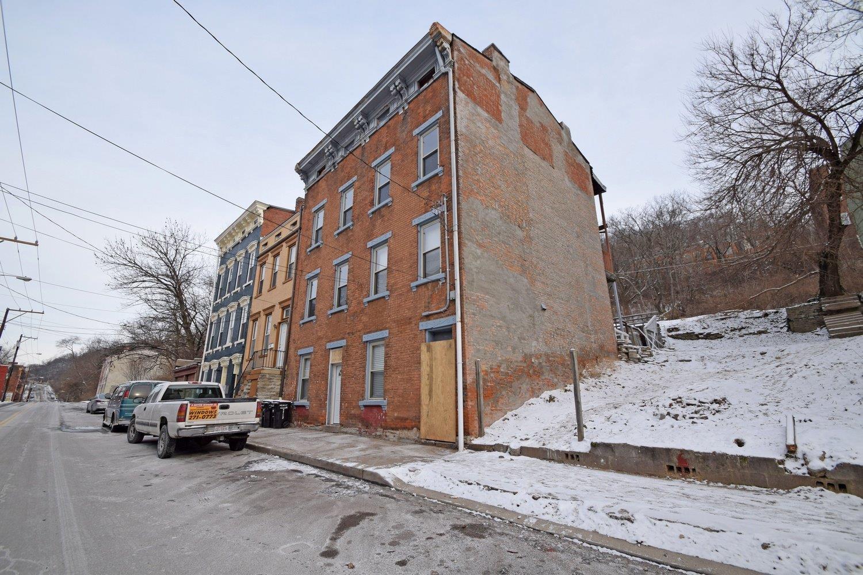 Property for sale at 64 E Clifton Avenue, Cincinnati,  Ohio 45202