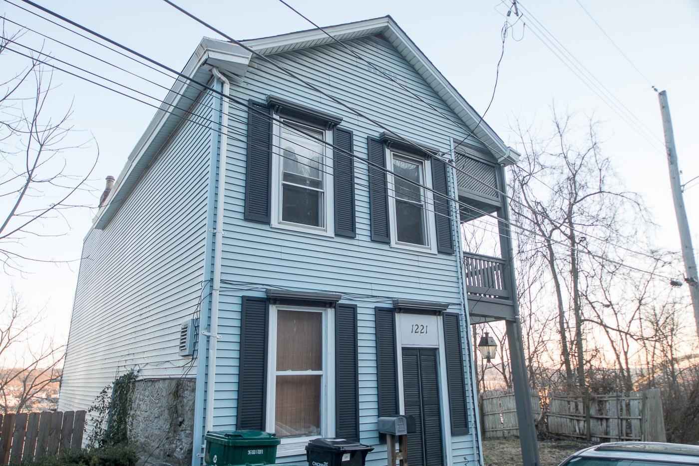 Property for sale at 1221 Martin Drive, Cincinnati,  Ohio 45202