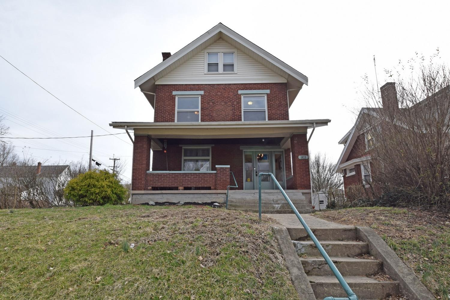 Property for sale at 1823 Weyer Avenue, Norwood,  Ohio 45212