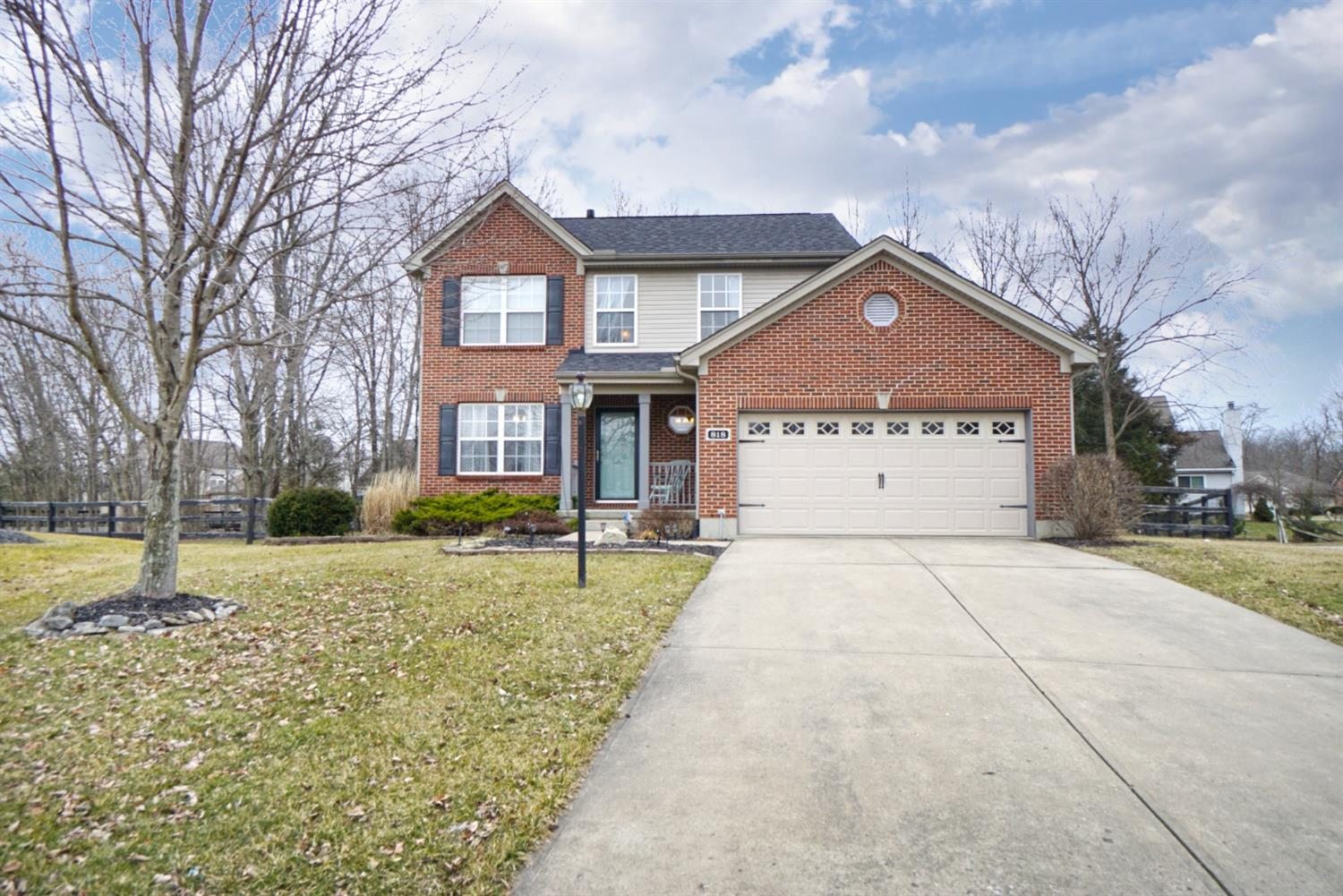 Property for sale at 818 Owls Nest Court, Hamilton Twp,  Ohio 45039