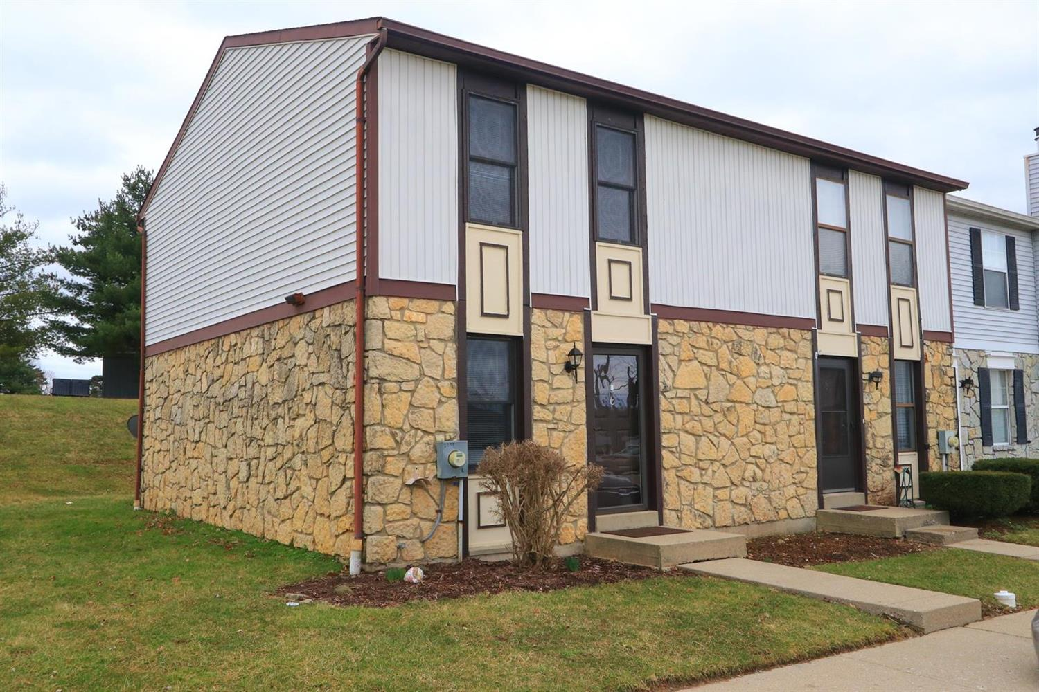 Property for sale at 2095 Woodtrail Drive Unit: L, Fairfield,  Ohio 45014