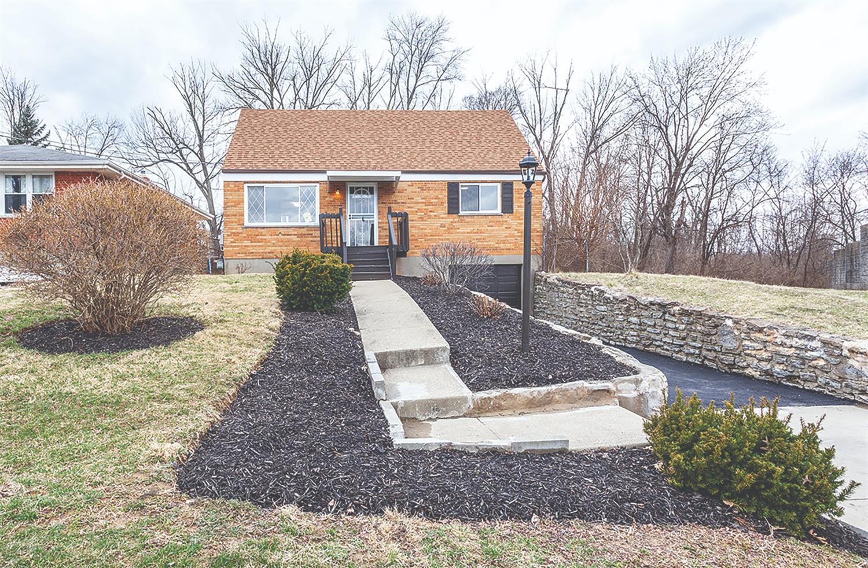 Property for sale at 8415 Bobolink Drive, North College Hill,  Ohio 45231