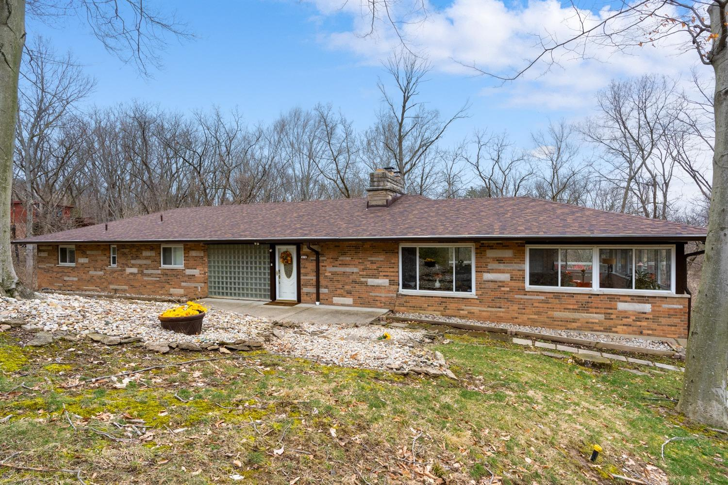 Property for sale at 414 Beechtree Drive, Springfield Twp.,  Ohio 45224