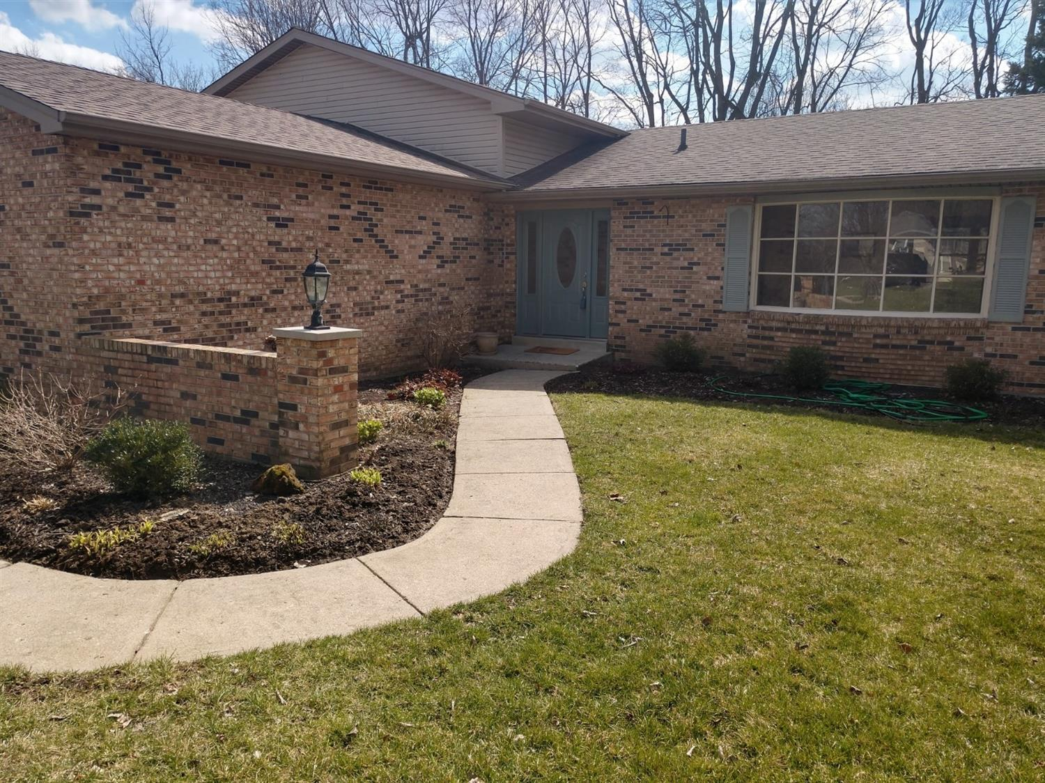 Property for sale at 935 Broadview Drive, Fairfield,  Ohio 45014