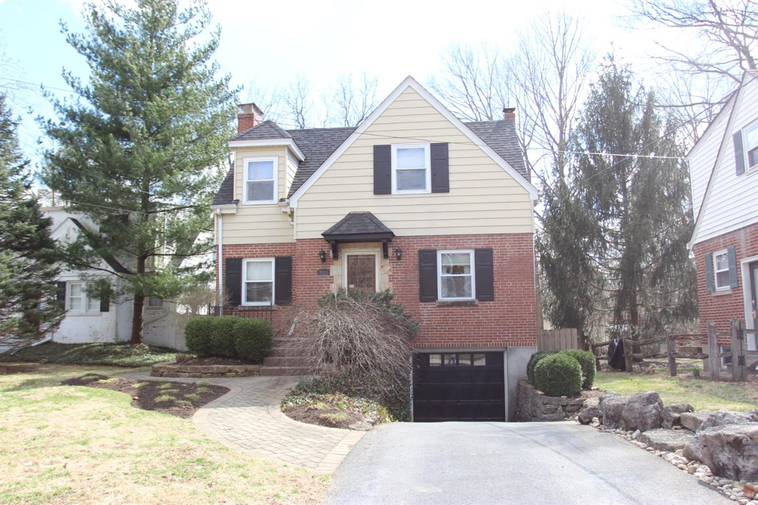 Property for sale at 7013 Rembold Avenue, Mariemont,  Ohio 45227